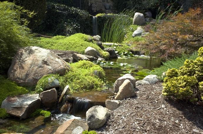 kamienie i głazy ogrodu japońskiego