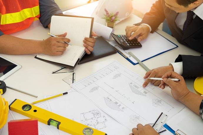 Spisanie umowy pomiędzy stronami inwestorem i wykonawcą